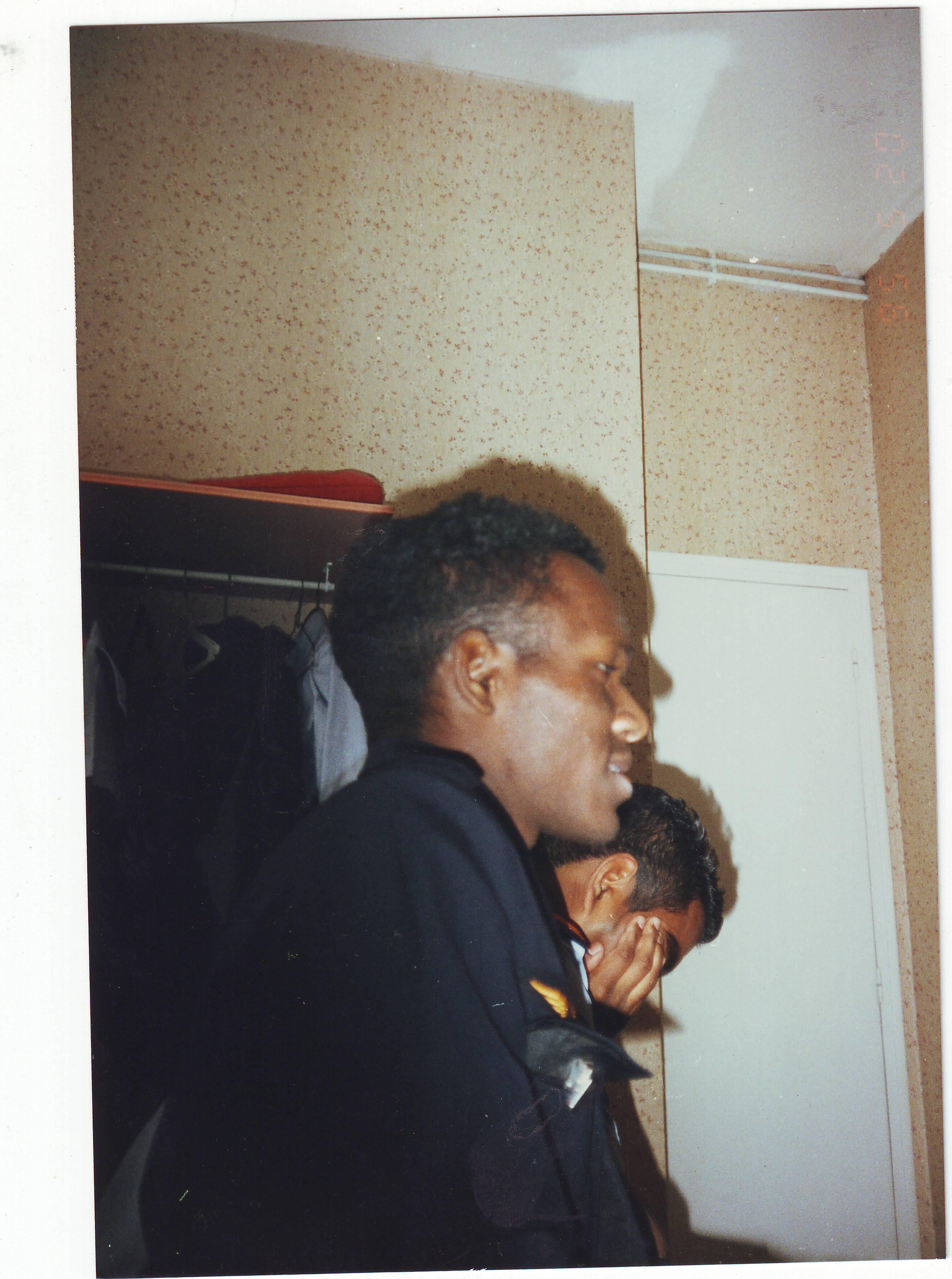 02/95
